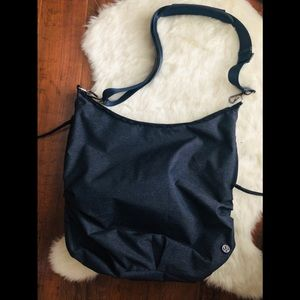 Lululemon messenger crossbody satchel / handbag